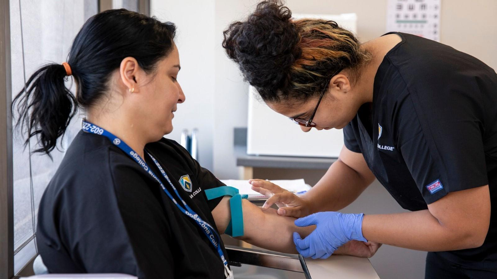 All AboutMedical Assisting Programs In Phoenix